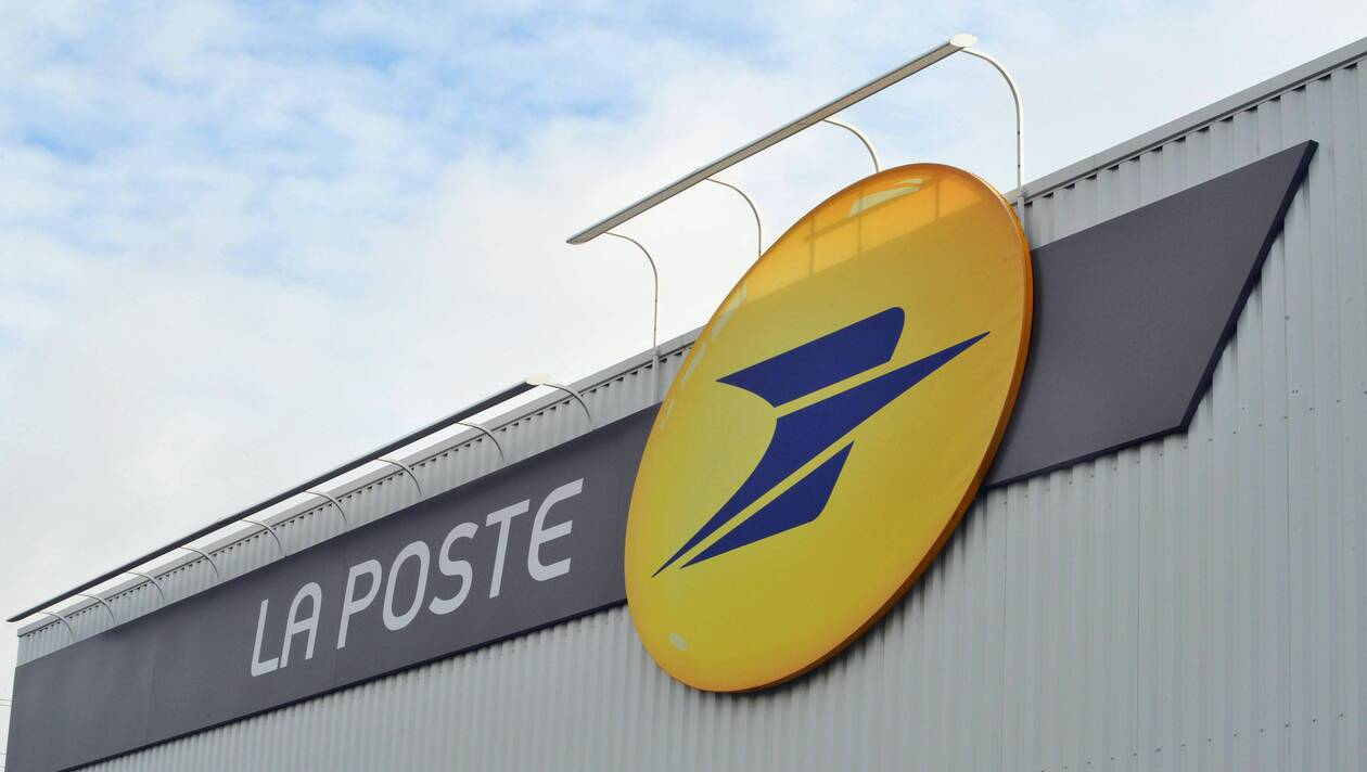 La Poste parcels tracking, include colissimo, DPD, chronopost